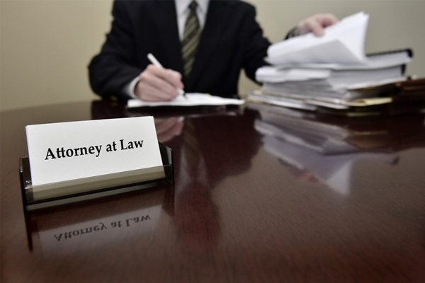 4 Tips For Hiring an Attorney During Divorce Mediation