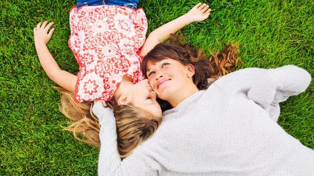Give Yourself a Pat on The Back; You're An Awesome Single Mom!