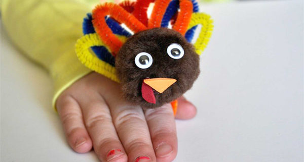 01/10 7 Thanksgiving Crafts to Help Kids Through Thanksgiving After Divorce